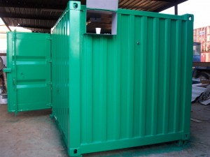 10' shipping container with green paint